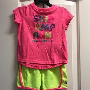New Balance shirt & shirt outfit